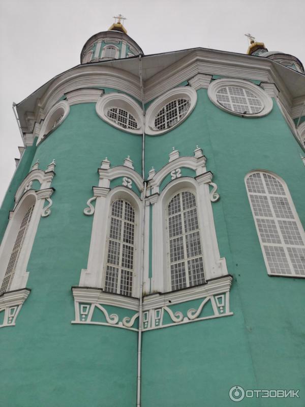 Успенский собор (вид сзади)